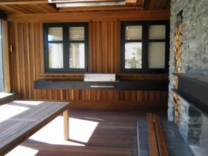 BBQ Stone Benchtop (Full Area) - Milbrook House of the Year 2010